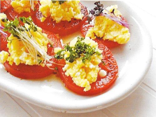 画像:トマトとチーズのサラダ