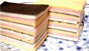 画像:ハムとチーズの重ねてスナック