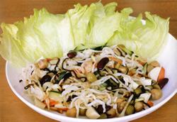 お豆と切り干し大根のパリパリサラダ